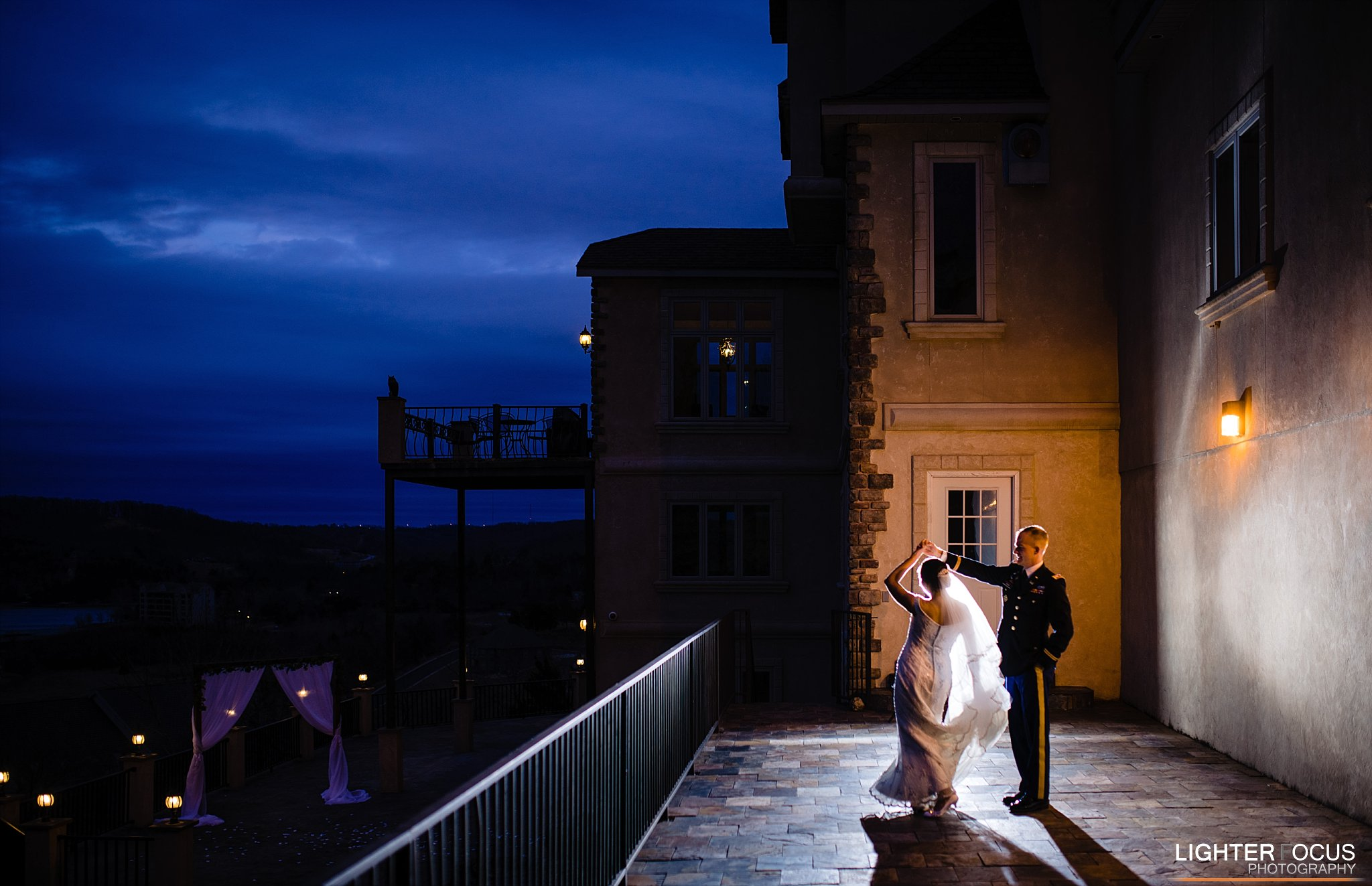 Lake of the Ozarks wedding venue